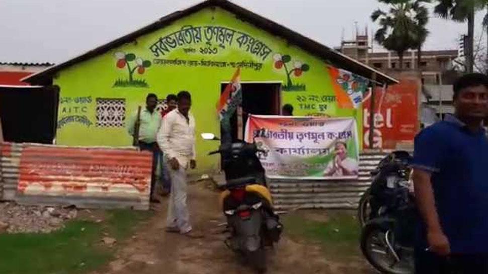 प.बंगाल: तृणमूल कांग्रेस ने कब्रिस्तान पर रातोंरात बना डाला पार्टी ऑफिस, लोगों में गुस्सा