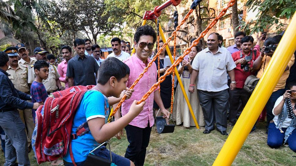 सचिन तेंदुलकर ने किया चिल्ड्रेन पार्क का उद्घाटन, कुछ खास है कचरे की जगह मैदान बनने की कहानी