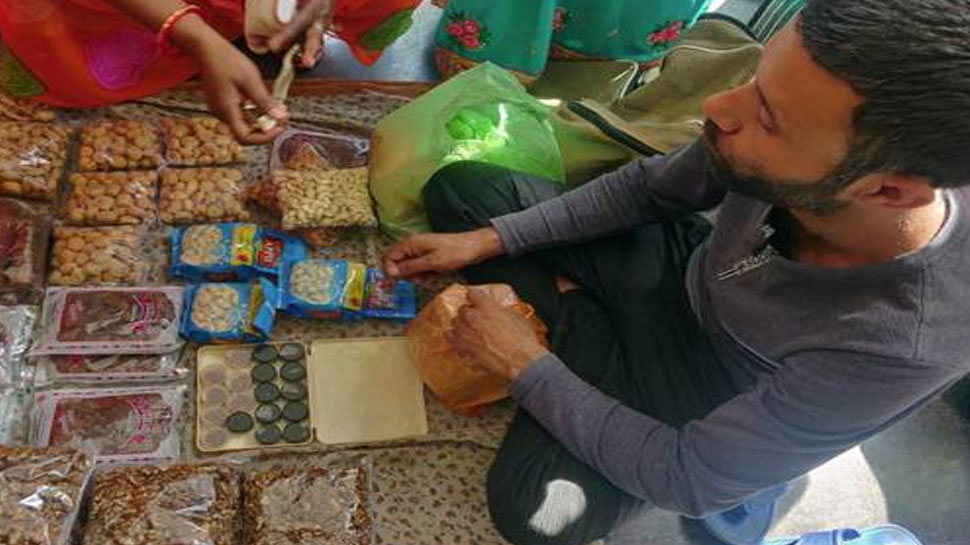 लखनऊ: जाने क्यों इस कश्मीरी युवक ने पीएम मोदी को कहा 'Thank You'