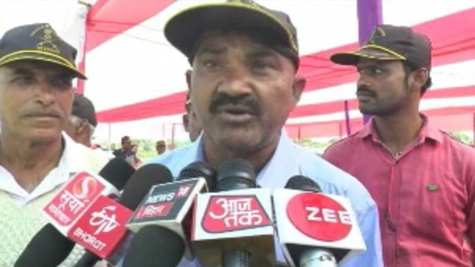 बिहार : पूर्व सैनिकों ने की शराब से प्रतिबंध हटाने की मांग, कहा- हमारे लिए पीना जरूरी