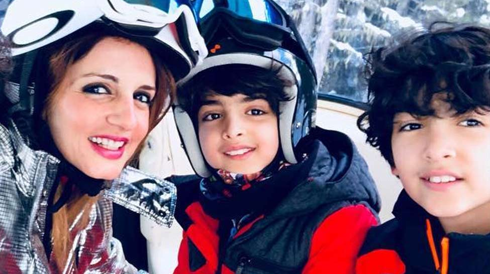 ऋतिक रोशन से तलाक के बाद ऐसी है सुजैन खान की लाइफ, बोलीं- 'मेरे बेटे मेरी ताकत'