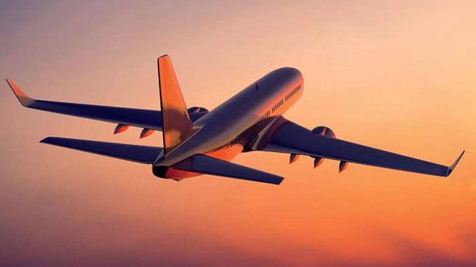 VIDEO: एयरपोर्ट पर बच्चे को भूल गई महिला, करानी पड़ी विमान की आपात लैंडिंग