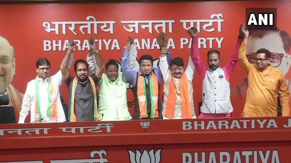 लोकसभा चुनाव 2019: TMC सांसद के साथ कांग्रेस और सीपीएम विधायक ने थामा BJP का दामन