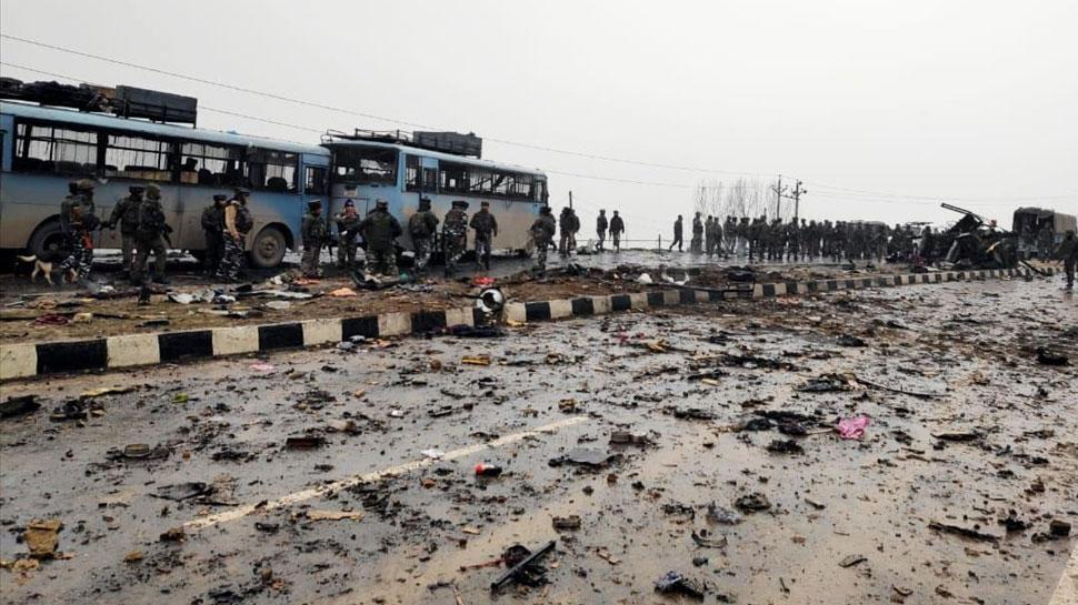 न्यूयॉर्क टाइम्स ने पुलवामा हमले को बताया 'धमाका', भारतीय यूजर्स ने लगाई क्लास