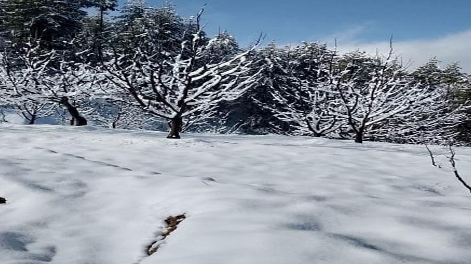 हिमाचल प्रदेश में हिमस्खलन, बर्फीले धुएं से भरा पूरा आसमान, देखिए VIDEO