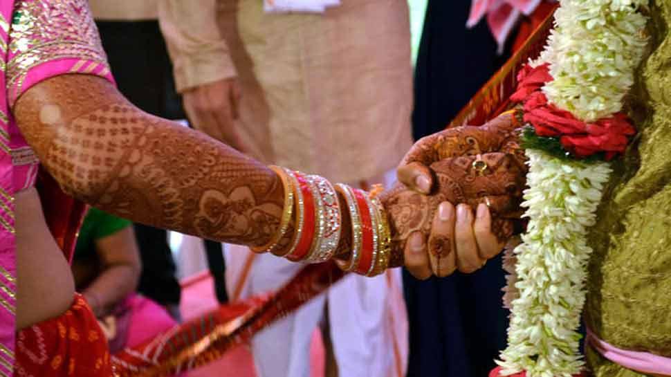 राशिफल 17 मार्च: कन्या राशिवालों को आज मिल सकते हैं शादी के प्रस्ताव, धन लाभ भी होगा