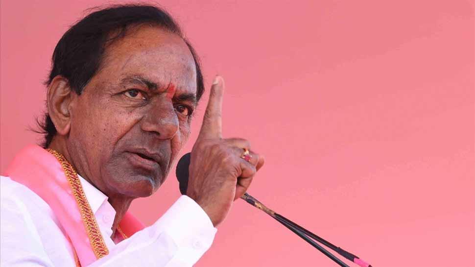तेलंगाना: TRS नेता का दावा, 'दो-तिहाई कांग्रेस विधायक पाला बदलने को तैयार'