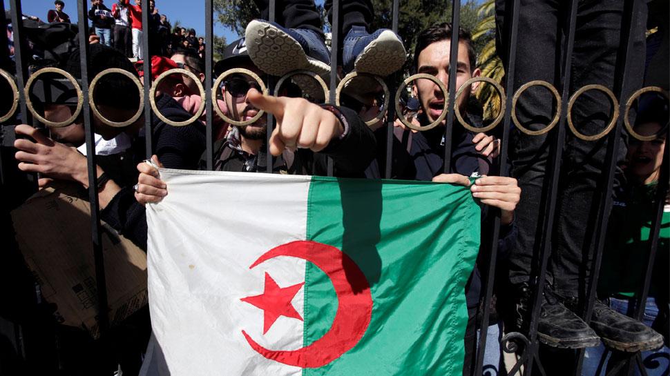 अल्जीरिया: जानिए क्यों, यह देश अब तक असली आजादी के लिए तरस रहा है
