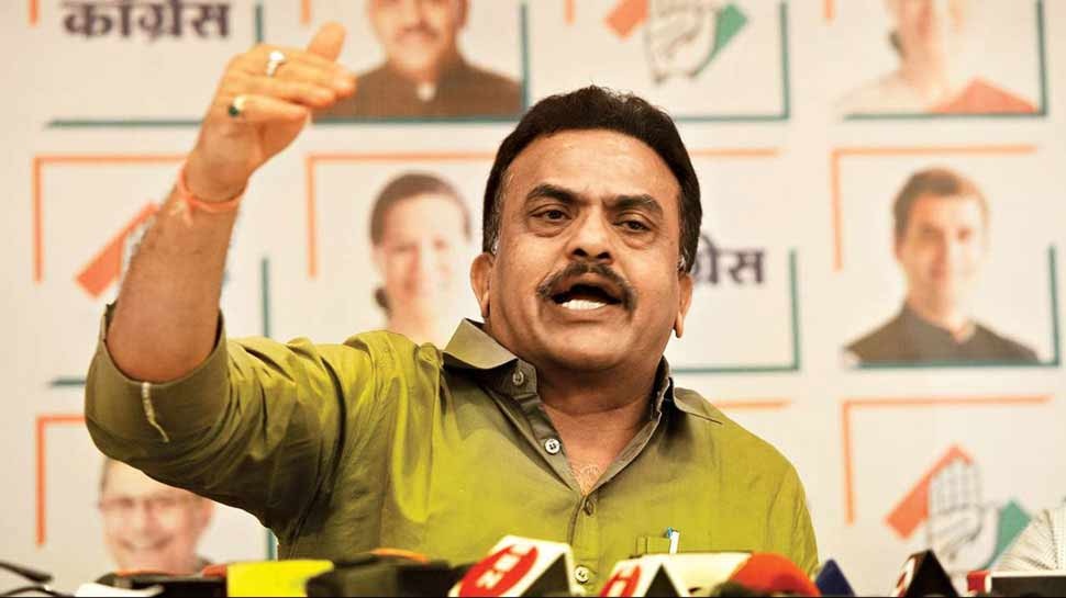 कांग्रेस नेता संजय निरुपम का विवादित बयान, गोवा में नए CM के शपथ ग्रहण पर उठाए सवाल