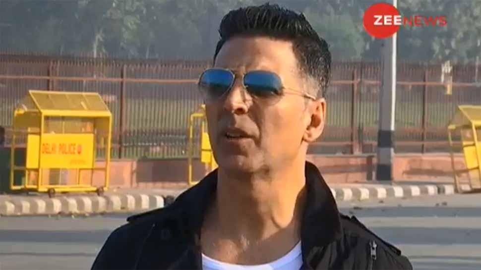 अक्षय कुमार ने क्रिकेट के उदाहरण से समझाई राजनीति, बोले- हमें अपने कप्तान पर भरोसा करना चाहिए