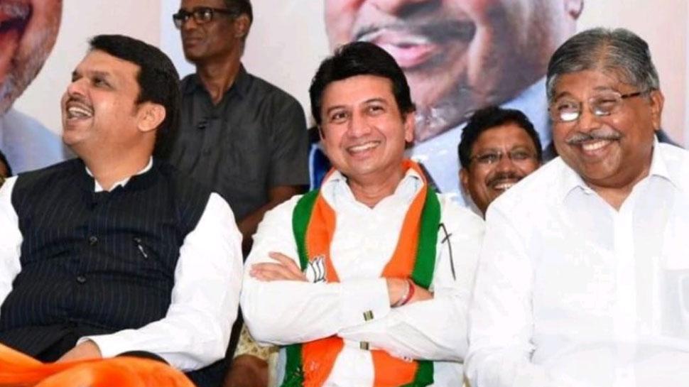 शरद पवार की फिर हुई किरकिरी, NCP के दिग्गज नेता के बेटे ने थामा BJP का दामन