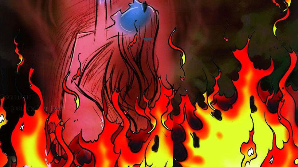यूपी के शामली में महिला का अधजला शव हुआ बरामद, पुलिस कर रही मामले की जांच