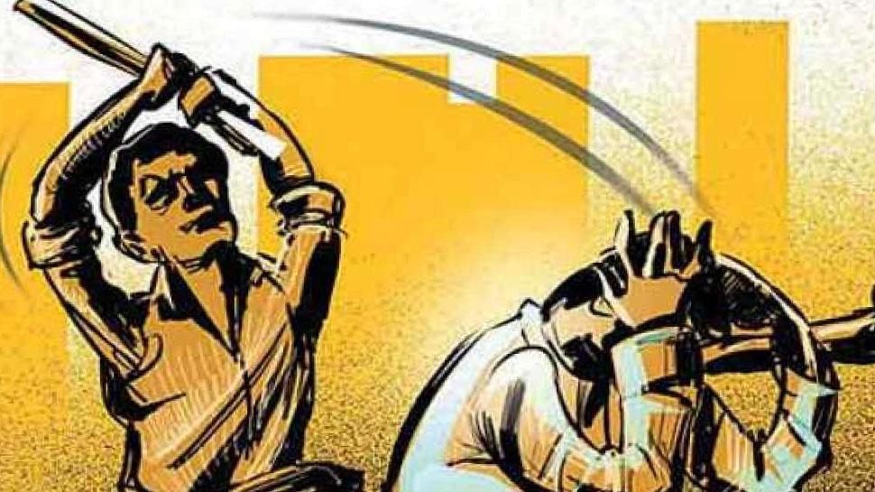 महाराष्ट्र के पालघर में चोरी के शक में रिक्शा चालक की पीट पीटकर हत्या