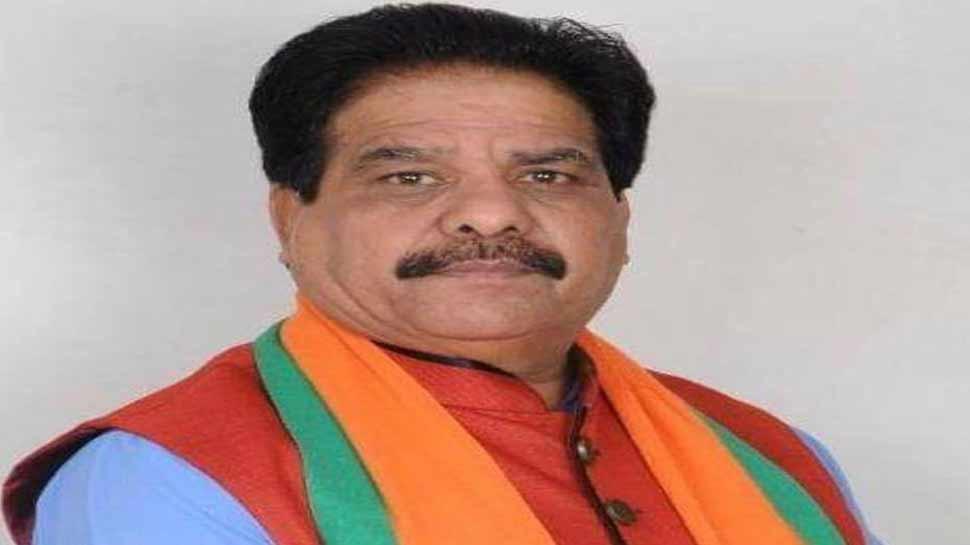 गुजरात: बीजेपी में फूटे बगावत के सुर, इस सांसद ने कहा- करूंगा कांग्रेस के लिए प्रचार