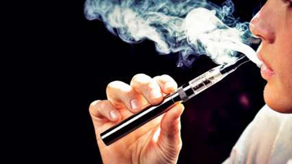 1000 से अधिक डॉक्टरों ने PM को लिखा पत्र, कहा- ई-सिगरेट पर लगाया जाए प्रतिबंध