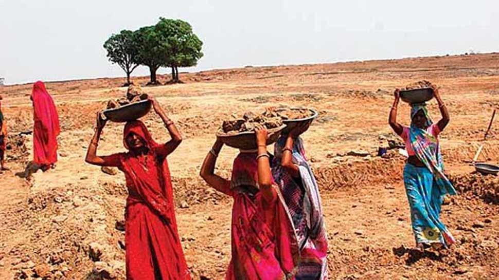 मनरेगा मजदूरी की दरों में बदलाव की इजाजत देगा चुनाव आयोग