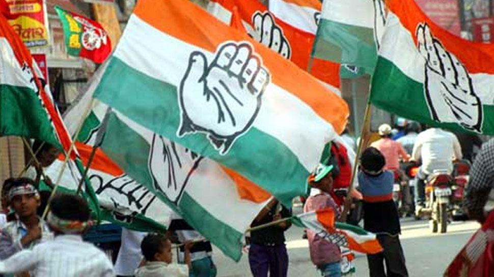 जम्मू-कश्मीर: कांग्रेस में शामिल हुए पूर्व आईएएस, कहा- 'यह मेरे लिए घर वापसी है'