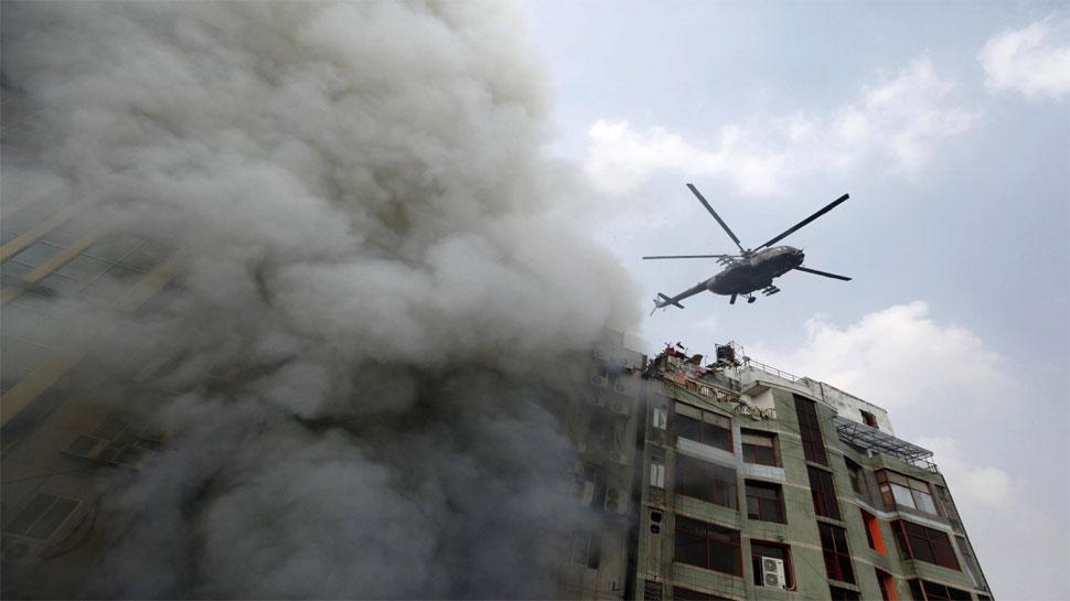 बांग्लादेश: ऊंची इमारत में लगी भीषण आग, 17 लोगों की मौत और 65 घायल