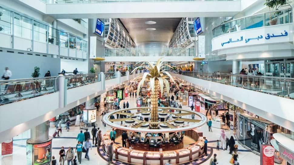 Video : दुबई में मनाएं समर वेकेशन, शाहरुख खान दे रहे अपना मेहमान बनने का न्योता