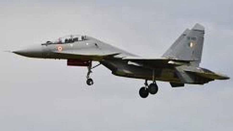 भारतीय सीमा पर नजर आए पाकिस्तान लड़ाकू विमान और ड्रोन, भारत के सुखोई को देख भागे