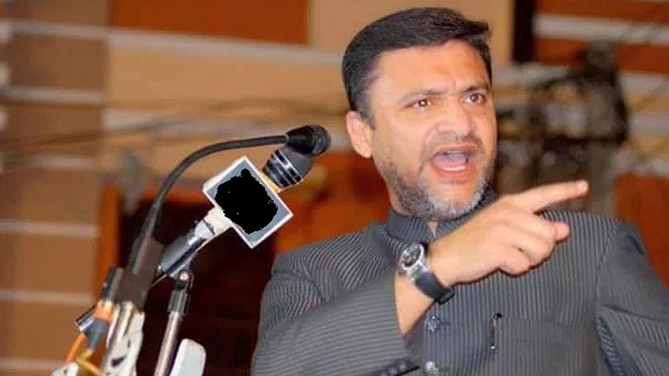 जूनियर ओवैसी ने फिर उगली 'आग', इस बार PM मोदी पर किया विवादित कमेंट