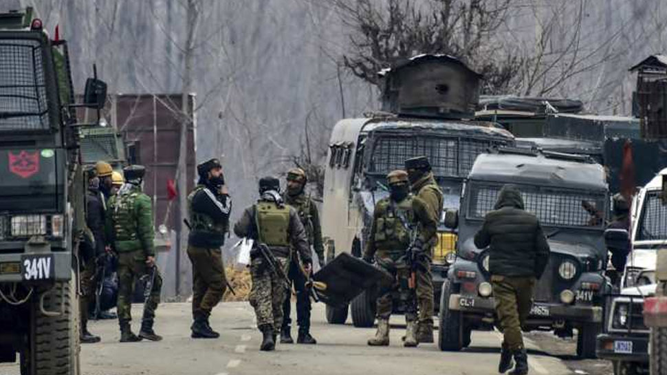 भारतीय सुरक्षाबलों के हाथ लगी बड़ी कामयाबी, जैश सरगना मसूद अजहर के आतंकी भतीजे को कश्मीर में मार गिराया