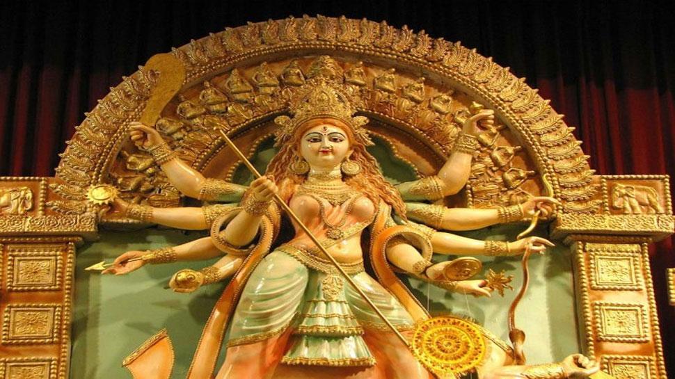 नवरात्रि के चौथे दिन होती है मां कुष्मांडा की पूजा, इन मंत्रों के साथ लगाएं मालपुए का भोग, मिलेगा वरदान