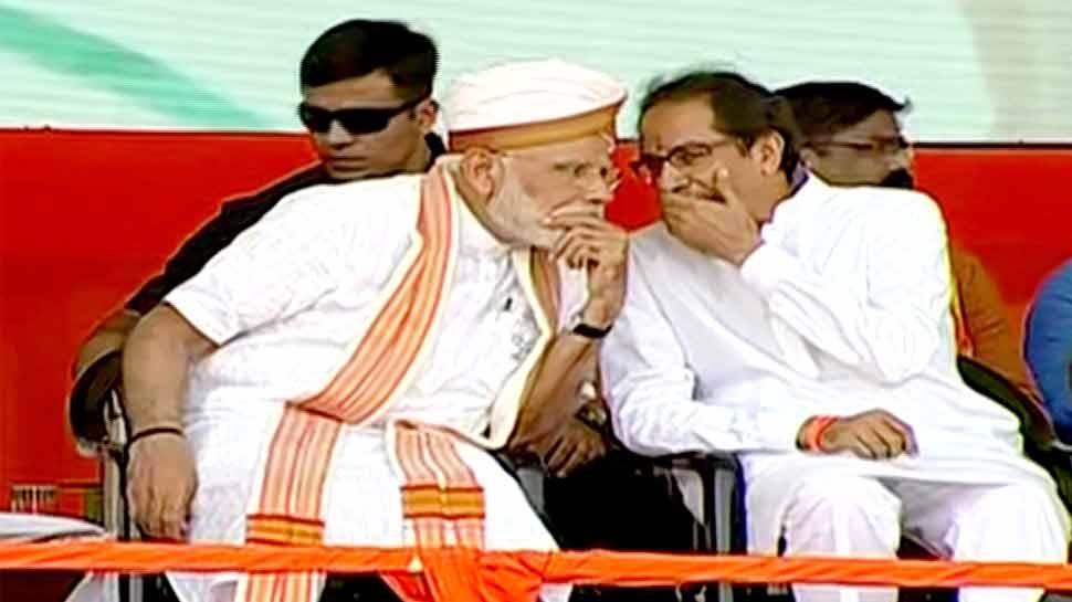 PM मोदी ने उद्धव को बताया छोटा भाई, तभी ठाकरे बोले- आप पाकिस्तान को उलझने लायक ना छोड़ें