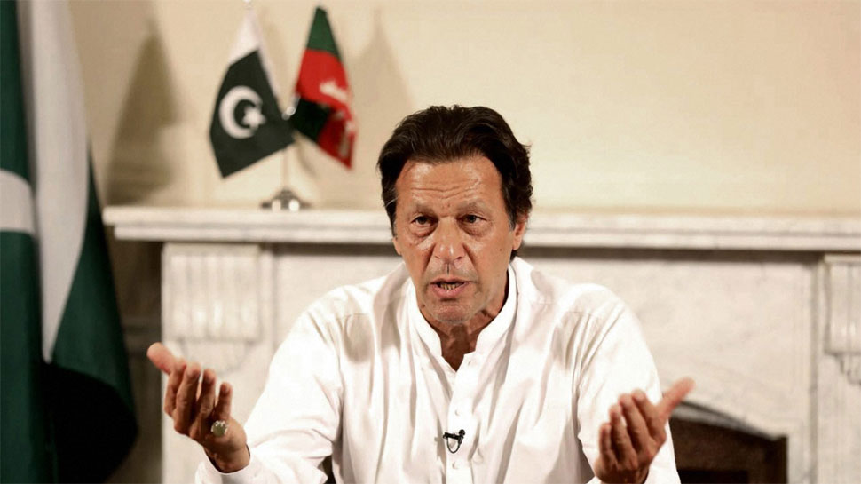 अगर नरेंद्र मोदी फिर PM बने तो शांति वार्ता के लिये बेहतर रहेगा: इमरान खान