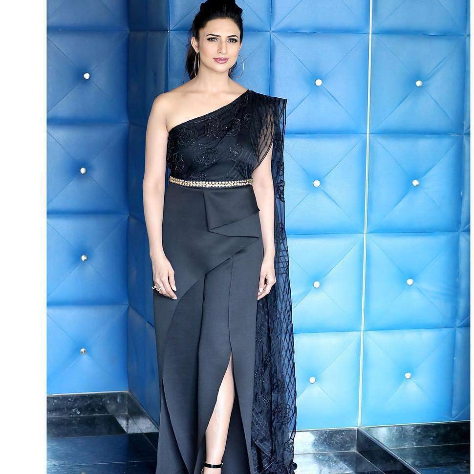 divyanka tripathi glamorous look