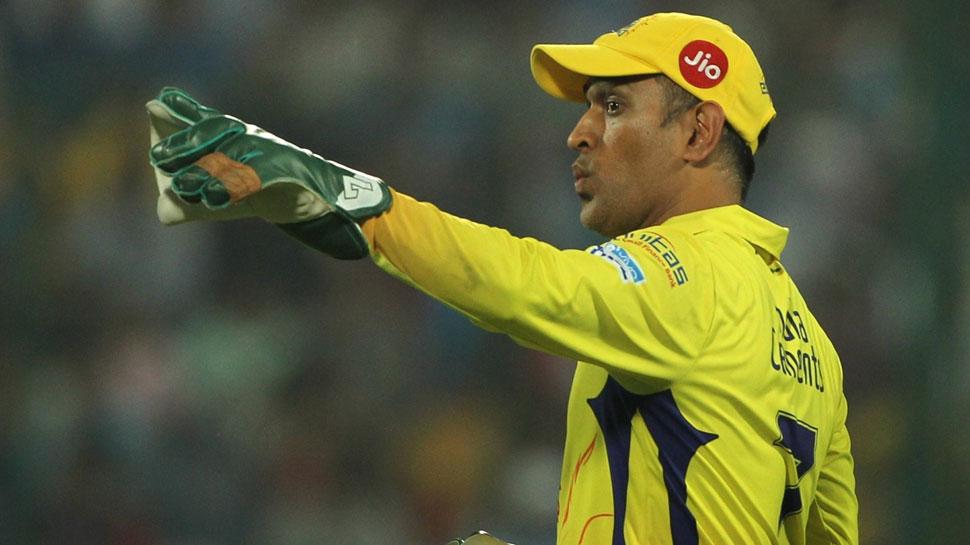 IPL में धोनी ने लगाई सेंचुरी, बना डाला यह खास रिकॉर्ड, विराट हैं तीसरे नंबर पर