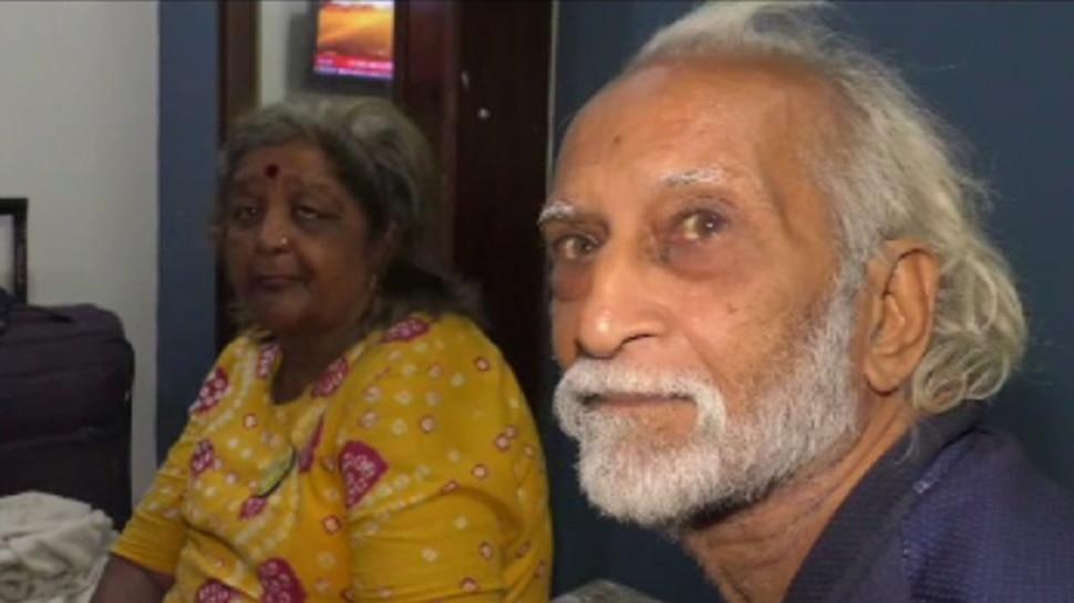 बाइक से भारत भ्रमण पर निकले बुजुर्ग दंपत्ति कोडरमा पहुंचे, पानी बचाने का दिया संदेश