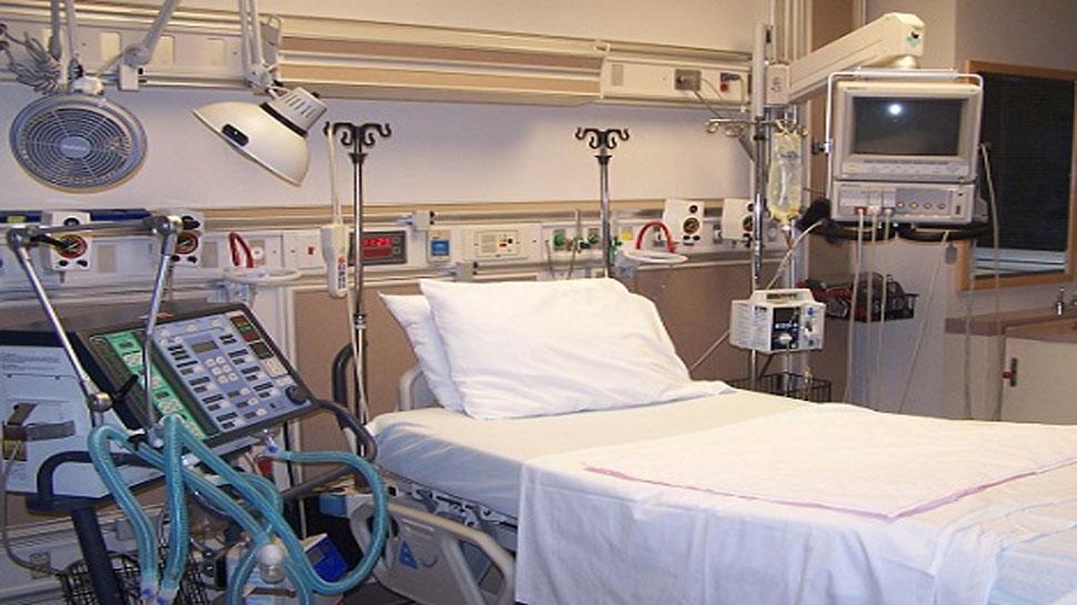 यूपी के अस्पतालों में कितने वेंटिलेटर हैं? अधिकारी बताएं, वर्ना समन भेज अदालत में बुलाएंगे- इलाहाबाद हाईकोर्ट