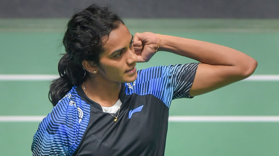 साइना के बाद पीवी सिंधु भी सिंगापुर ओपन से हुईं बाहर, दोनों को इस खिलाड़ी ने हराया