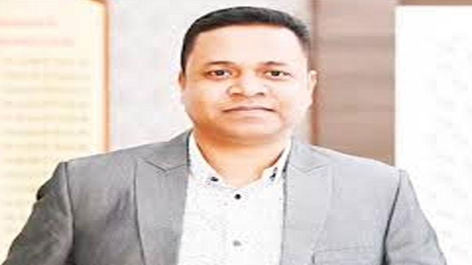 छत्तीसगढ़: आर्थिक अनियमितता के मामले में IAS राजेश सुकुमार टोप्पो समेत 3 अधिकारियों पर मामला हुआ दर्ज