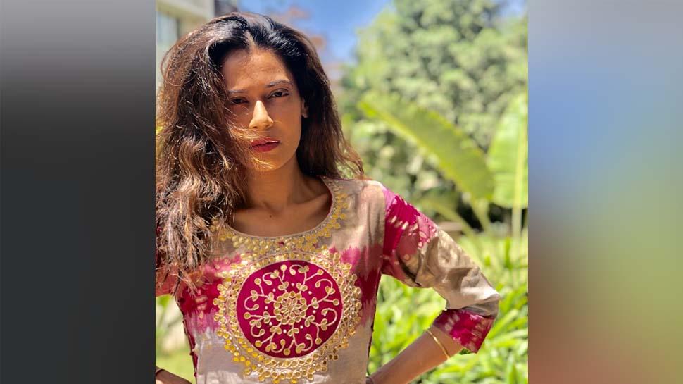 VIDEO: इस अभिनेत्री ने कहा, जैसे मक्का मदीना एक है, राम का जन्मस्थान भी एक है, मंदिर वहीं बनेगा