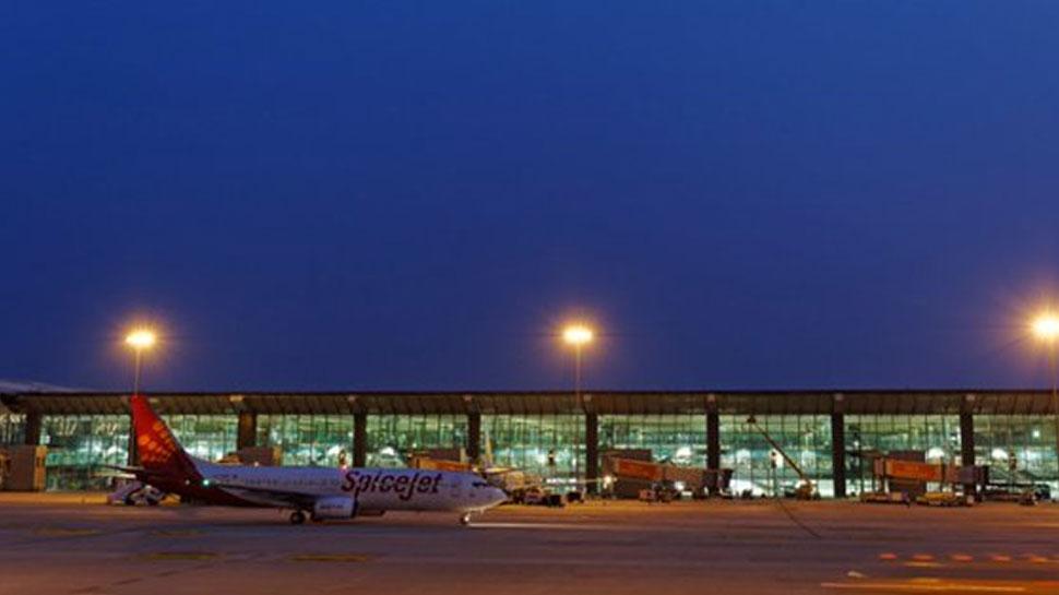 बेंगलुरू हवाई अड्डे ने यूजर फीस 129 फीसदी तक बढ़ाई, जानें अब कितना देना होगा