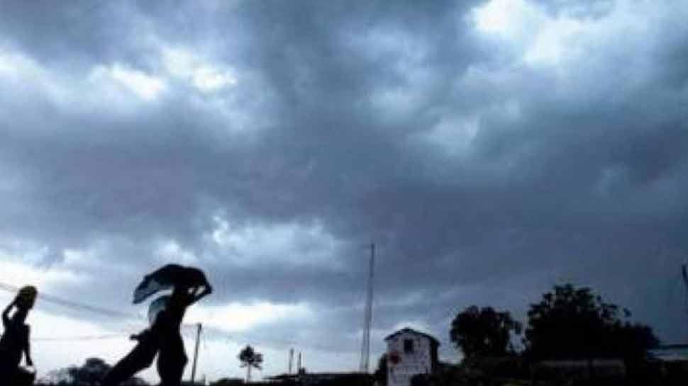 तूफान का तांडव: पड़ोसी देश में तिनके की तरह उड़ी मकानों की छत, 39 की गई जान