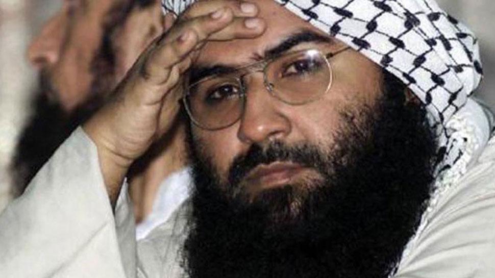 चीन को चेतावनी पर बोला पाकिस्तान, 'मसूद अजहर पर किसी के दबाव में नहीं आएंगे'