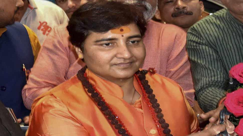 साध्वी प्रज्ञा ठाकुर के चुनाव लड़ने पर कोई रोक नहीं लगाएगा चुनाव आयोग
