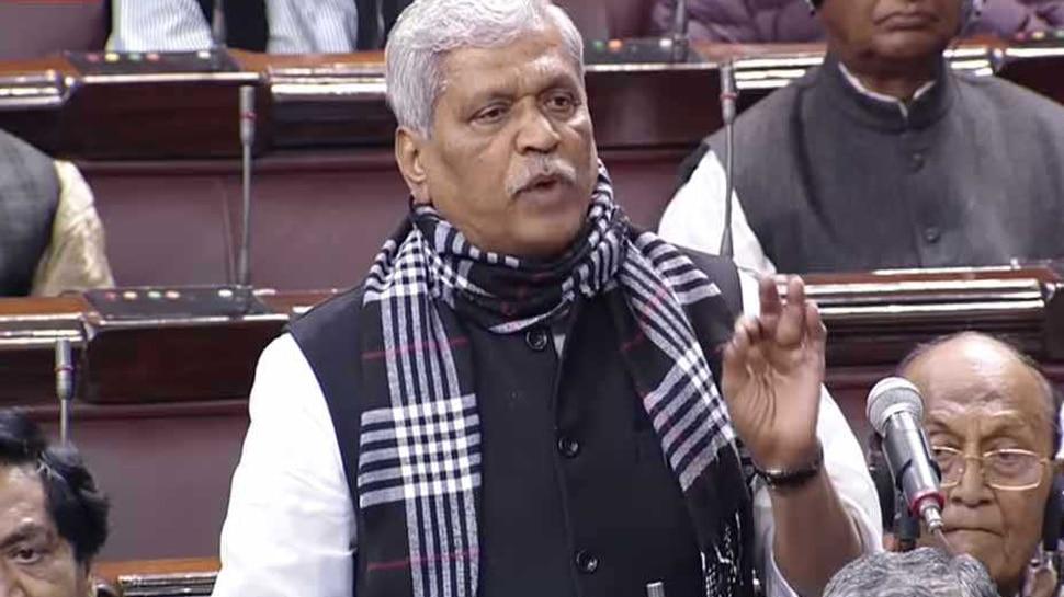 'भोपाल का जनादेश उनके मुंह पर कालिख पोत देगा, जो कहते हैं भगवा आतंकवाद का प्रतीक है': प्रभात झा