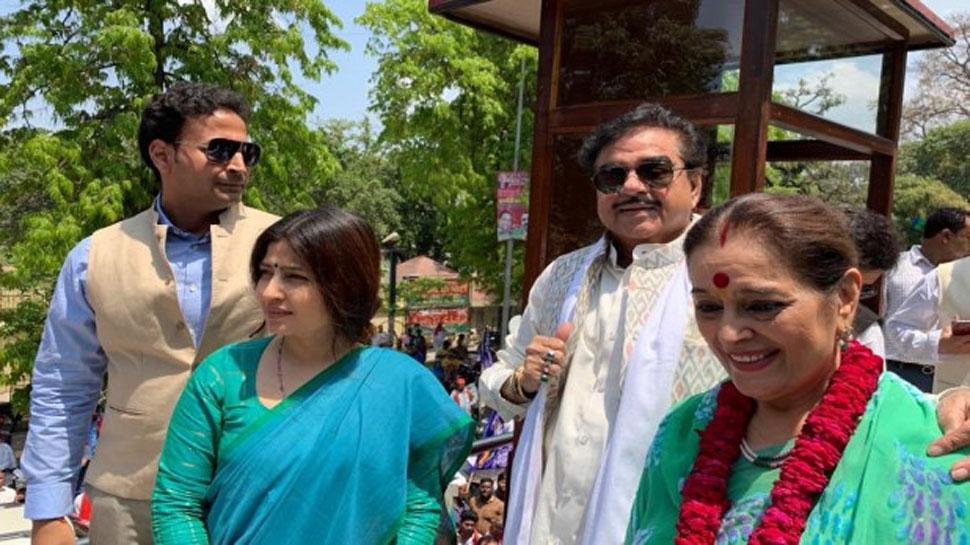 शत्रुघ्न सिन्हा का खुलासा, राहुल गांधी के सिग्नल पर अखिलेश ने कराई पूनम की सपा में एंट्री