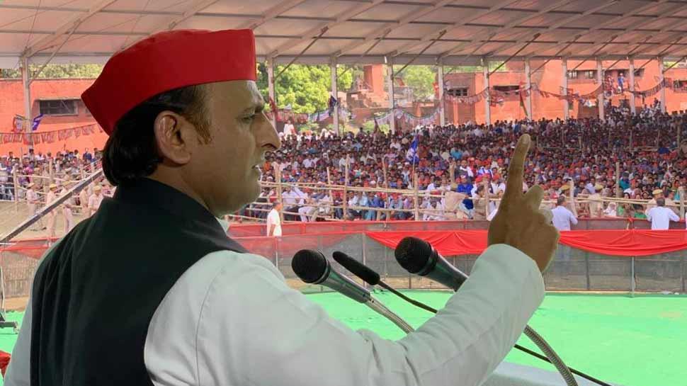 आजम के लिए अखिलेश ने किया प्रचार, कहा- 'तीन चरणों में नहीं खुलेगा BJP का खाता'
