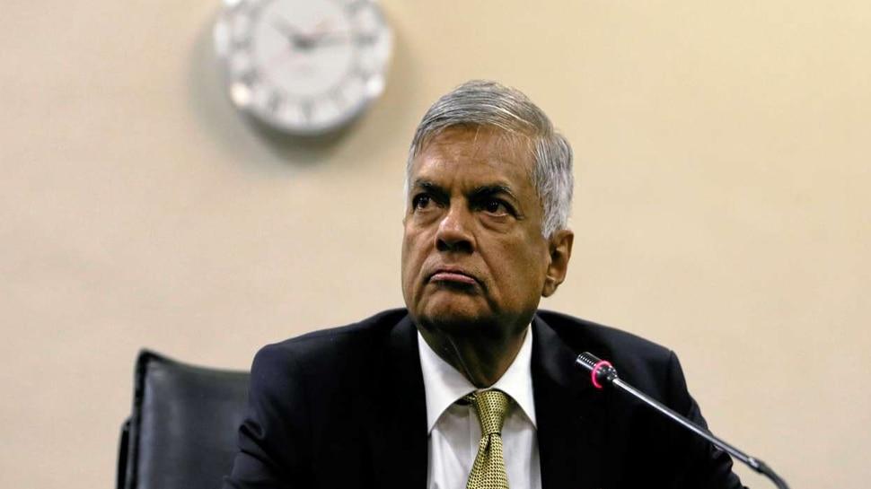 श्रीलंका के PM रानिल विक्रमसिंघे ने सीरियल बम धमाकों पर जताया दुख, बोले- यह एक 'कायराना हमला' है