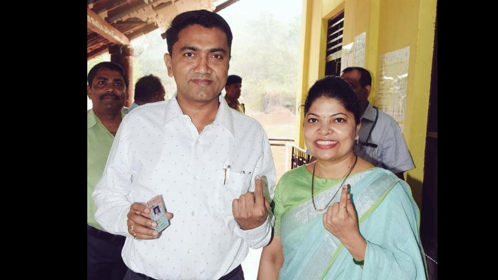 गोवा: मुख्यमंत्री के तौर पर प्रमोद सावंत ने डाला अपना पहला वोट