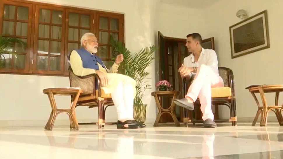 अक्षय कुमार ने पीएम से पूछा उनका बैंक बैलेंस, मिला यह चौंकाने वाला जवाब...