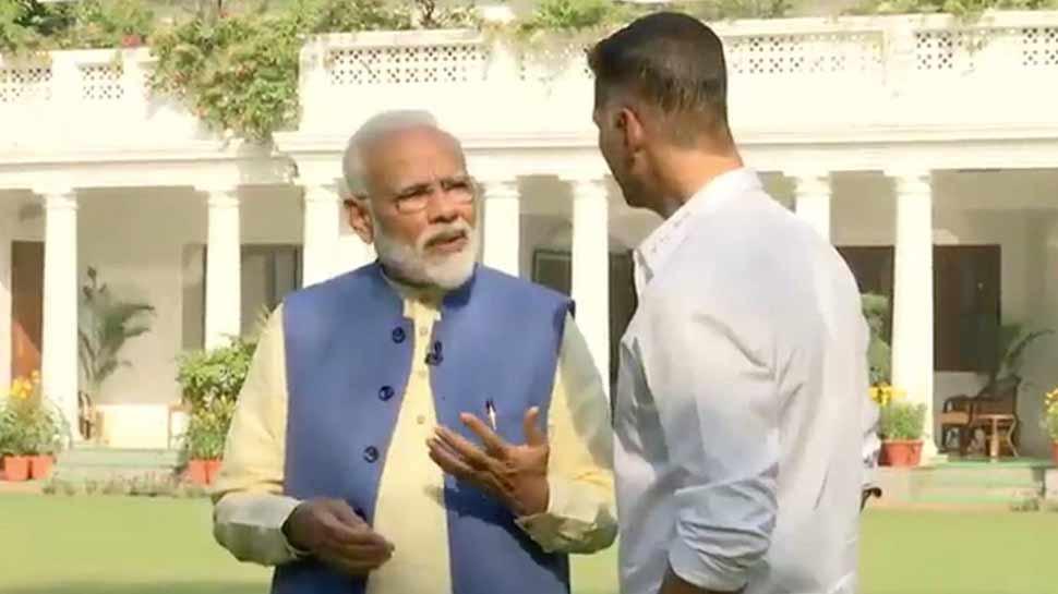 अक्षय कुमार के साथ बातचीत में पीएम मोदी ने पर्सनल लाइफ से जुड़े किए कई खुलासे, पढ़ें पूरा इंटरव्यू