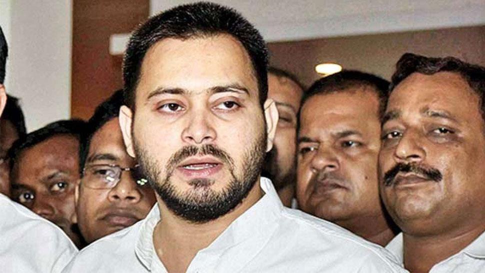 गिरिराज सिंह के बयान पर तेजस्वी यादव का तंज, कहा- 'तिरंगा में भी होता है हरा रंग'