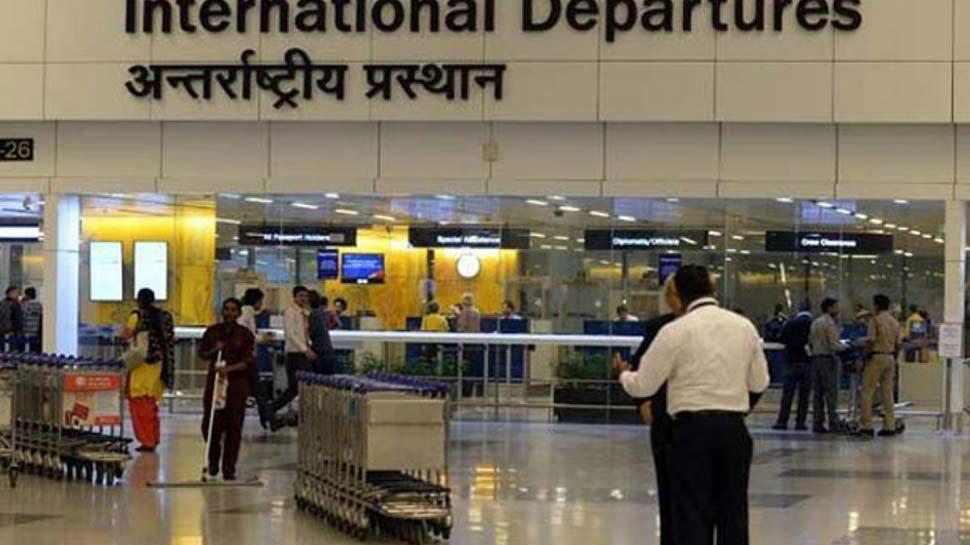 दिल्ली एयर पोर्ट पर इमीग्रेशन सिस्टम सर्वर डाउन, यात्री परेशान