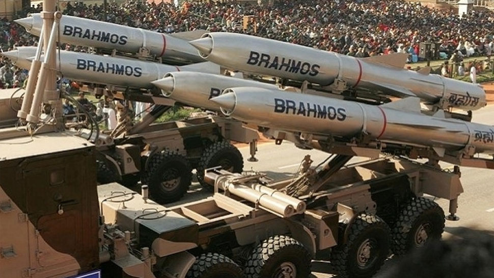 पाकिस्तान से 6 गुना ज्यादा है भारत का रक्षा बजट, प्रति व्यक्ति की सुरक्षा के लिए इतने रुपये किए खर्च